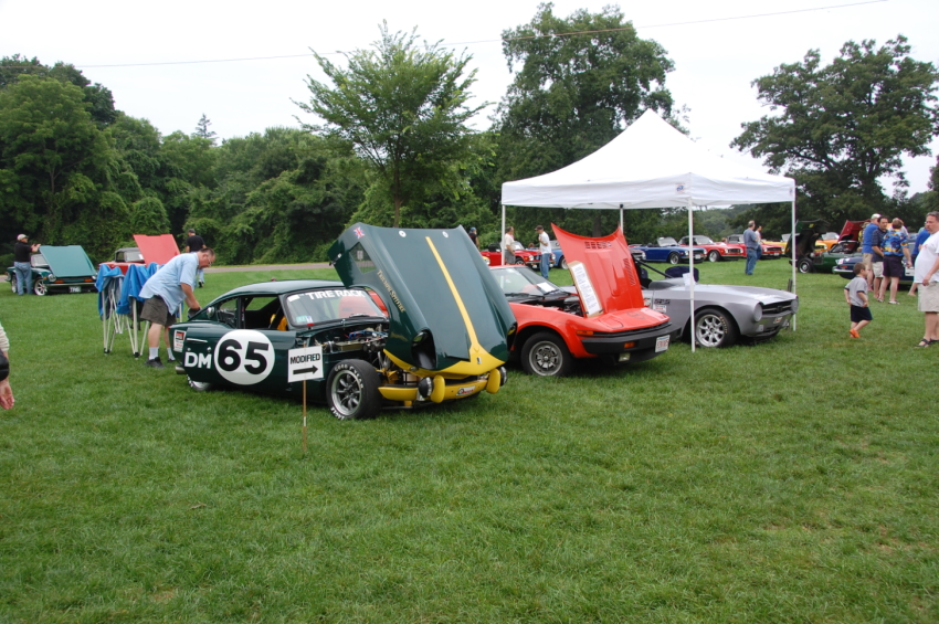 Triumph race cars at Day Of Triumph